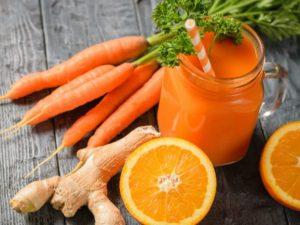 Ingwer-Karotten-Orangen Smoothie